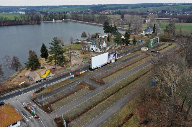 Der Parkplatz an der Talsperre ist derzeit noch verwaist. Das Bild ändert sich erst mit Saisonbeginn.