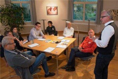 """Auf Einladung der """"Freien Presse"""" haben Chemnitzerinnen und Chemnitzer über die Lage in der Stadt nach den Ereignissen von Ende August debattiert."""