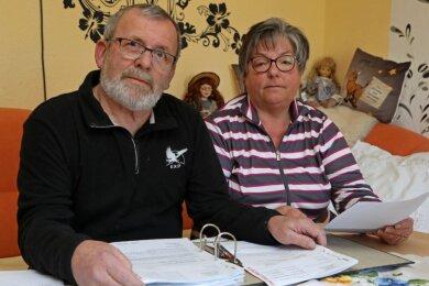 Monika und Christian Obst warten noch heute auf ihr Geld vom Bund.