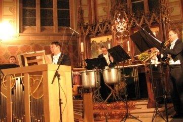 """Anlässlich des Jubiläums der Kirchweihe bot das Dresdner Barocktrompeten """"Ensemble Principale"""" ein besonderes in der Martin-Luther-KircheKonzert."""