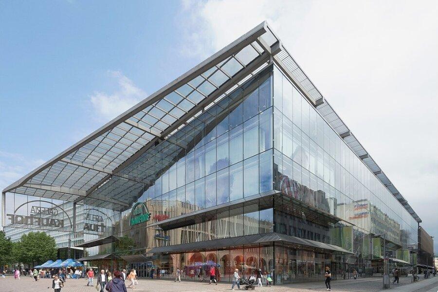 Galeria Karstadt Kaufhof in Chemnitz: ausgefallene Architektur, aber ungewisse Zukunft.