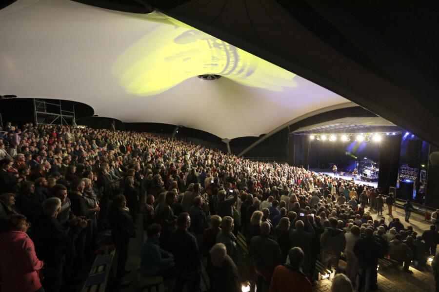 Ob es im Sommer 2021 beim geplanten Open-Air-Spektakel wohl wieder so voll im Parktheater wird wie vor Corona? Augenblicklich herrschen dort strenge Abstandsregeln.