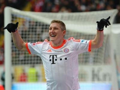 Bastian Schweinsteiger jubelt nach seinem Tor zum 0:1.