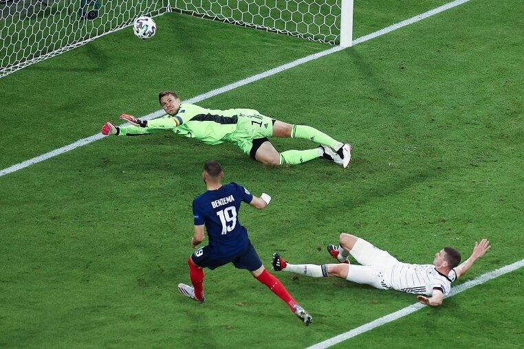 Karim Benzemas Tor gegen Deutschland wurde wegen einer Abseitsstellung nicht gegeben.