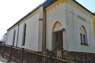 Die Kirche zum Heiligen Kreuz in Crimmitschau ist derzeit eine Baustelle.