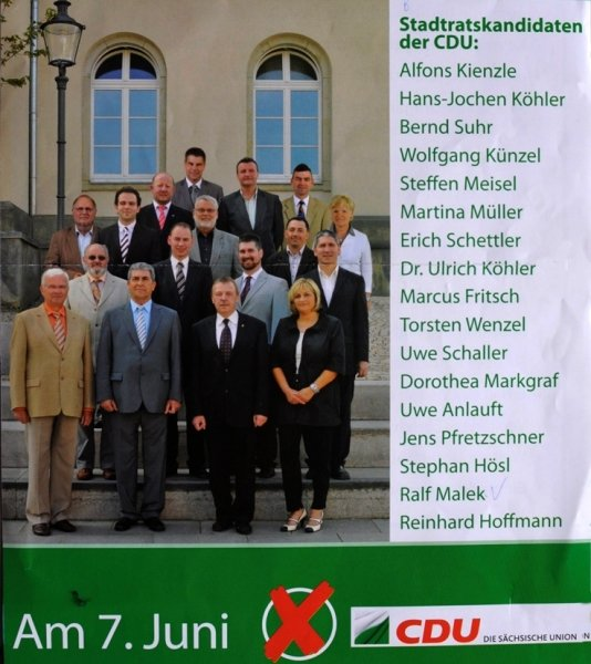 Das Wahlplakat der Reichenbacher CDU. Ulrich Köhler (oben links) zieht schließlich wie schon 2004 als Dr. Ulrich Köhler in den Stadtrat ein. Dabei besitzt der Arzt gar keinen Doktortitel.