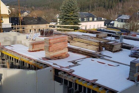 Wohngebäudebau in Bad Elster: Winterpause geht Ende entgegen