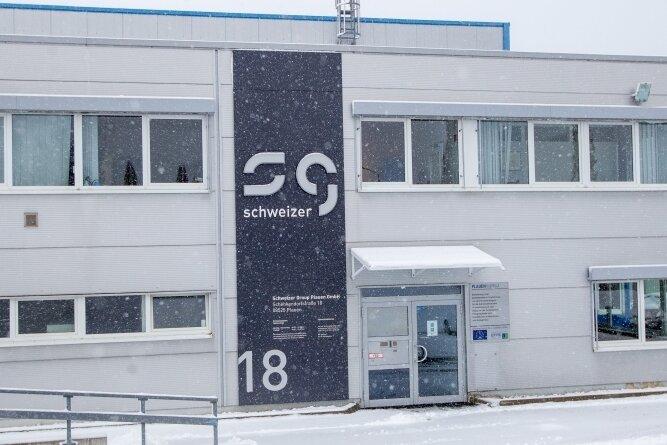 Für den Standort der Schweizer Group an der Plauener Schenkendorfstraße wurde ein Käufer gefunden. Die Weber Holding aus Baden-Württemberg übernimmt das Werk.