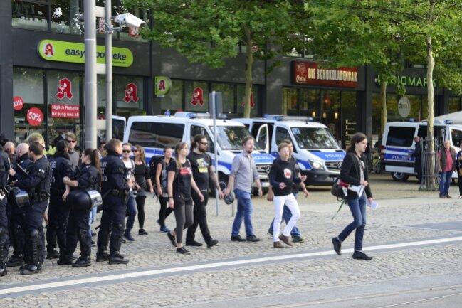 Auch aus Leipzig kommen Unterstützer von Chemnitz Nazifrei - vorn: Jürgen Kasek, früherer Landesvorsitzender der Bündnisgrünen in Sachsen.