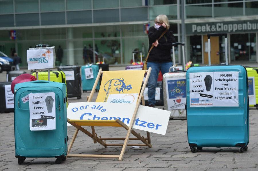Auf dem Neumarkt protestierten am Mittwoch Vertreter der Reisebüros.