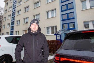 In dem Mehrfamilienhaus an der Stauffenbergstraße hat Mario Hofmann im Dezember Schlimmeres verhindert.