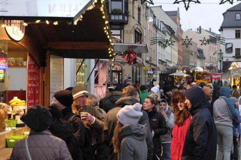 So voll wie 2018 wird der Reichenbacher Weihnachtsmarkt in diesem Jahr wohl eher nicht sein. Aber stattfinden soll er, dazu ist man im Rathaus fest entschlossen.