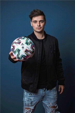 DJ Martin Garrix hat den offiziellen Song zur aktuellen Europameisterschaft gebastelt.