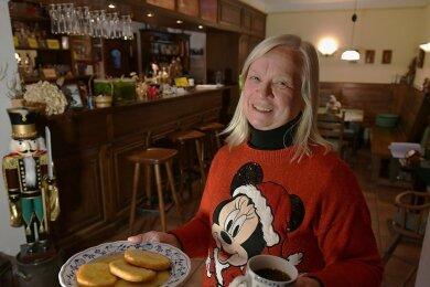 Im Gasthof Reinsberg bietet Martina Bellmann Aboessen für Handwerker und Bauarbeiter an. Eine separate Ecke betrachtet sie als Kantine.