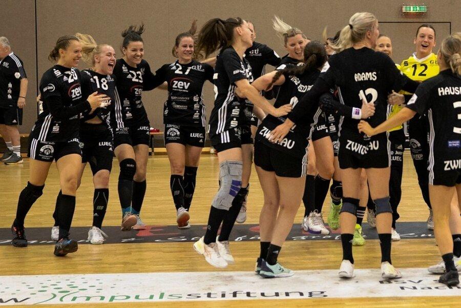 Nach dem ersten Saisonsieg in der Bundesliga führten die Zwickauerinnen Freudentänze auf.