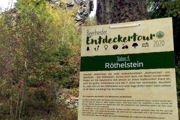 Das Plakat am Röthelstein weist auf die Aktion hin.