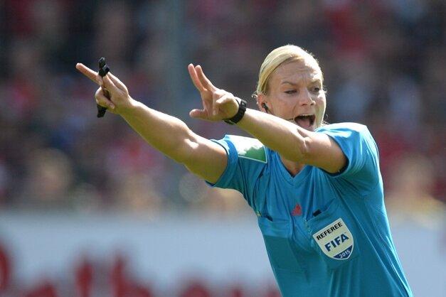 Schiedsrichterin Bibiana Steinhaus: Ich bin Fußballfan, aber kein Anhänger einer Mannschaft