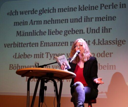 """Sarah Bosetti gastierte mit ihrem Programm """"Ich hab nichts gegen Frauen, du Schlampe!"""" in Zwickau."""