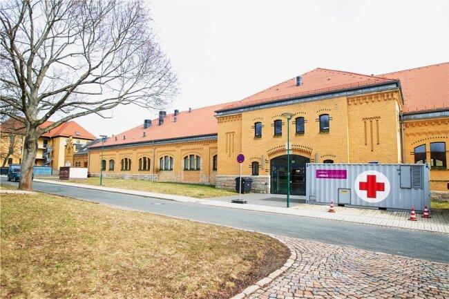 Im Plauener Impfzentrum in der Mehrzweckhalle im Behördenzentrum wird ab Samstag wieder geimpft..