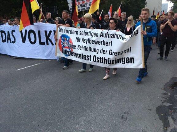 Unterstützer aus Ostthüringen bei der Demo von Pro Chemnitz.