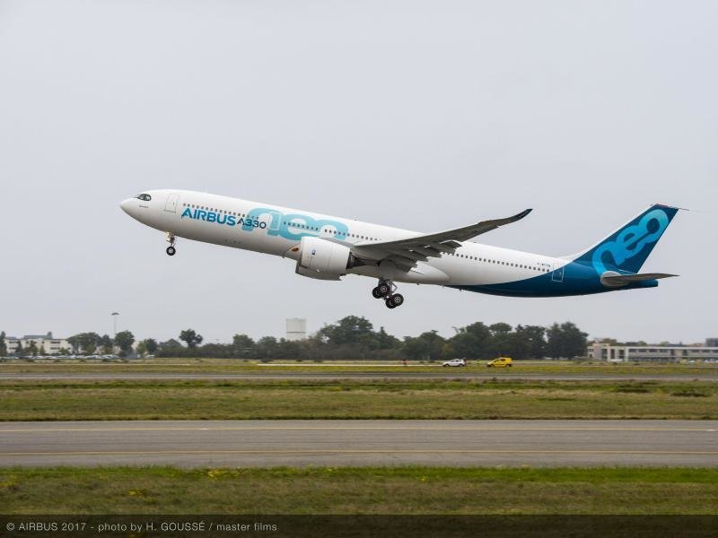 Der Airbus A330neo startet in Toulouse.