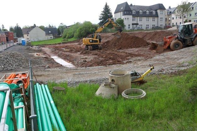 Bei Lichtensteins größtem Bauvorhaben geht es voran. Auf dem Baugrundstück im Stadtteil Callnberg herrscht Betrieb.