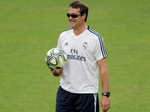 Trainer Julen Lopetegui trifft mit Real auf Atletico