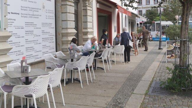 Noch bis Ende 2021 brauchen Restaurants für Außengastronomie nichts an die Stadt bezahlen.