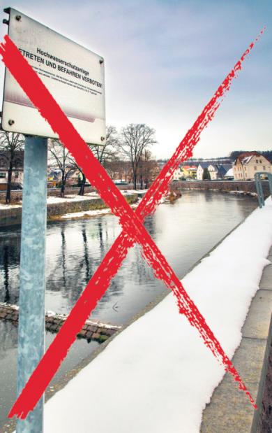 Eine Hochwasserschutzmauer wie in Flöha sollte auch in Erdmannsdorf gebaut werden. Doch die Planung wird wegen des zu niedrigen Nutzen-Kosten-Faktors nicht weiter verfolgt.