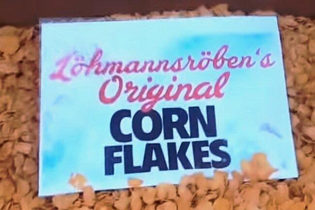 Die Fußballanhänger beweisen mehr Humor als der DFB. Inzwischen gibt es sogar schon T-Shirts mit Löhmannsröbens Cornflakes-Spruch.
