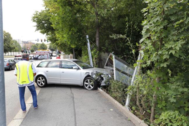 Der Unfall ereignete sich gegen 13.30 Uhr.
