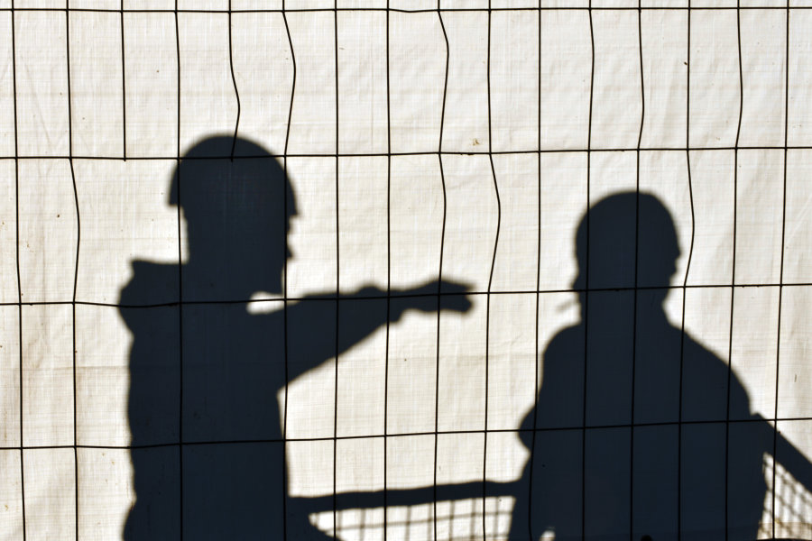 Angebliche Dachdecker bringen Seniorin um mehrere tausend Euro