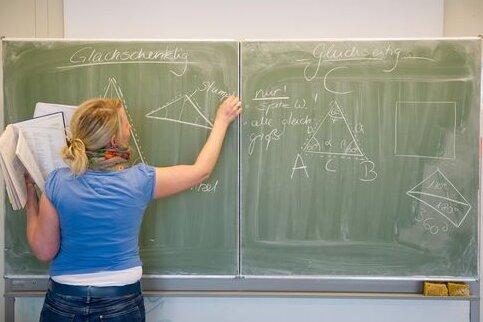 Sachsen stellt 185 mehr Lehrer ein als geplant