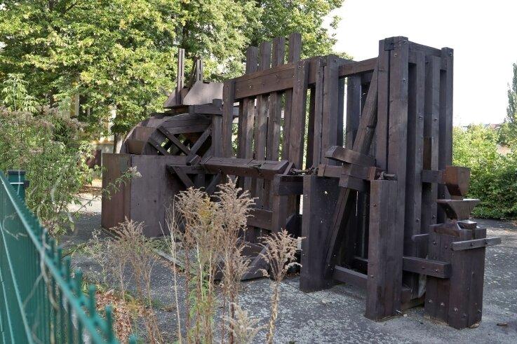 Die Überreste der Agricola-Maschinen stehen an der Otto-Schimmel-Straße.