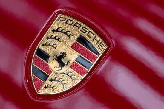 Porschefahrer zeigt Parkrempler an - und entpuppt sich als Betrüger