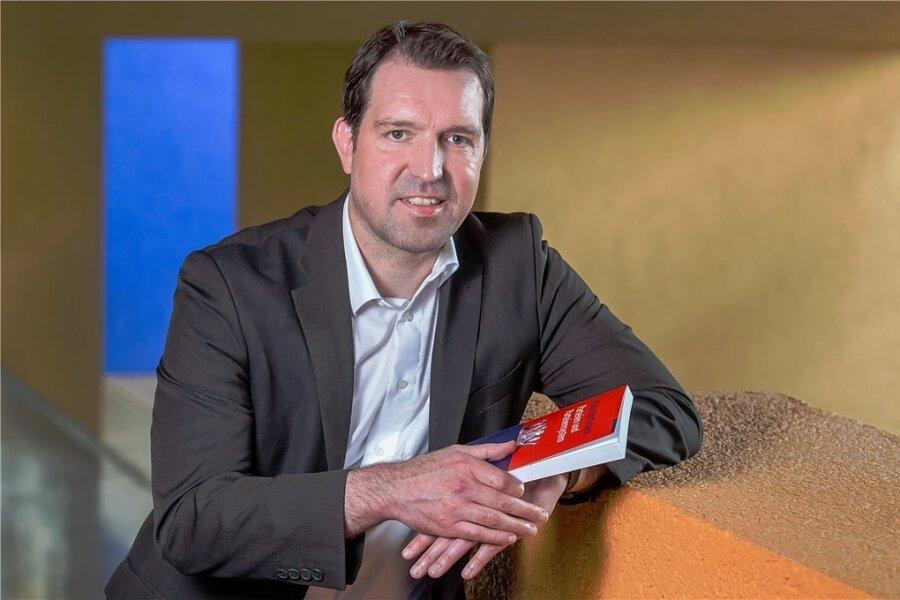 Eric Linhart - Politik-Professor an der TU Chemnitz