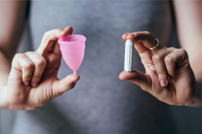 Menstruationstasse oder Tampon?