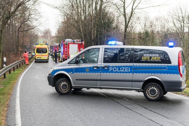 Der Unfall ereignete sich auf der B175 bei Rochlitz.