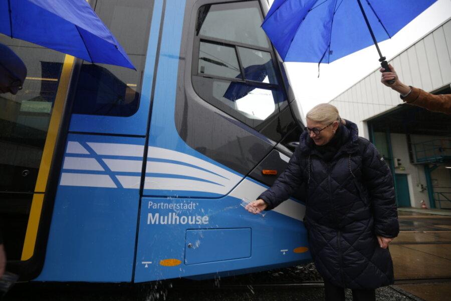 Die Oberbürgermeisterin von Mulhouse, Michèle Lutz, war bei der Feierstunde dabei.