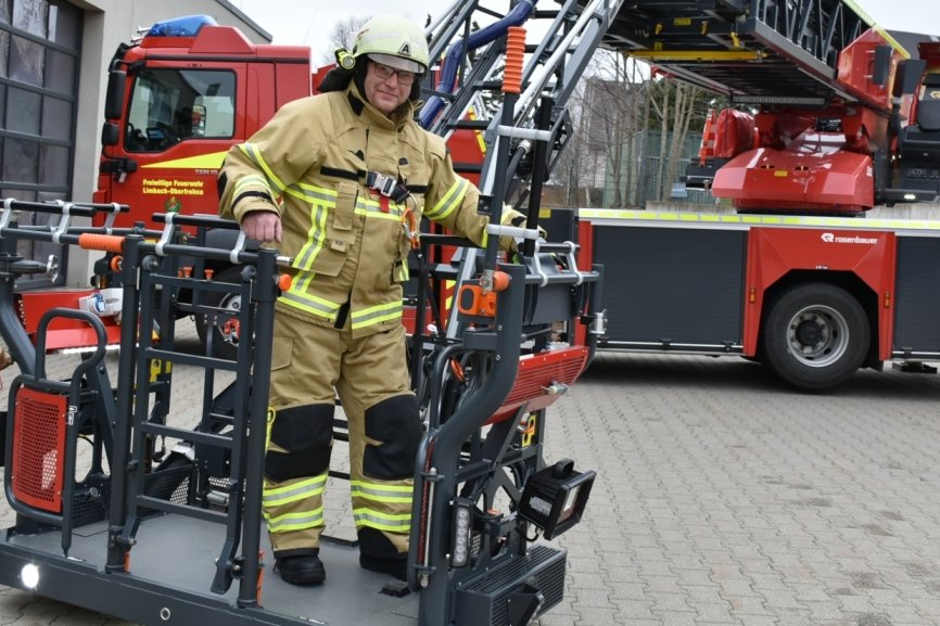 Neue Jacken und Hosen zum Schutz vor Flammen und Hitze