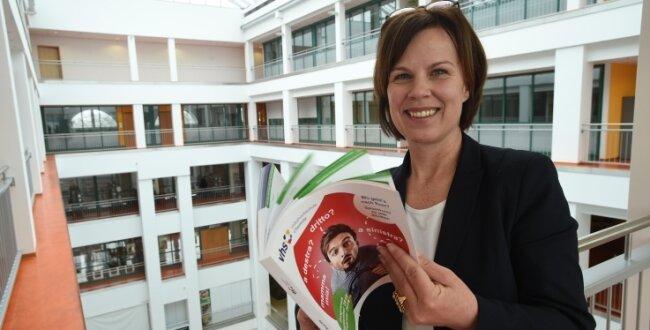 Grit Bochmann leitet die Volkshochschule Chemnitz.