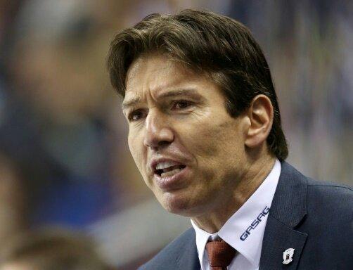 Coach Uwe Krupp ist mit seinen Eisbären weiter sieglos