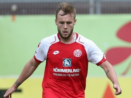 Alexandru Maxim mit dem Siegtreffer für Mainz 05