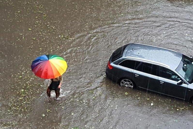 Wetterdienst warnt erneut vor schweren Gewittern