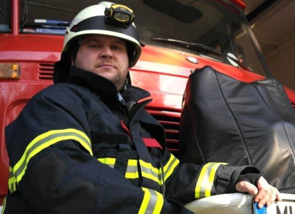 Feuerwehrmann Michael Heinitz setzt sich für den Fortbestand einer eigenständigen Wehr in seinem Heimatort Arras ein.
