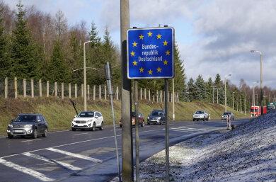Am Freitagvormittag war die Lage am Grenzübergang Reitzenhain ruhig. Die Nachricht, dass die Tschechische Republik am Samstag 0 Uhr ihre Grenzen schließt, hatte am Samstag zu Hamsterkäufen geführt.