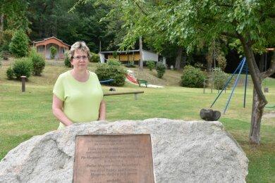 Der Schönberger Park mit Pfeiffers Biergarten war für Einheimische und Gäste über viele Jahre ein beliebter Anlaufpunkt. Ortsvorsteherin Heike Sauer und ihre Mitstreiter wollen die grüne Anlage wieder zu einem Zentrum des Ortes machen.