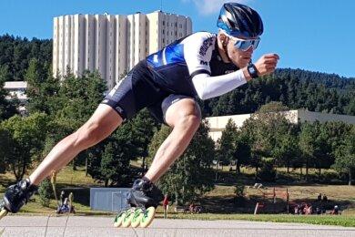 Unter anderem im Höhentrainingslager im französischen Font-Romeu-Odeillo-Via in den Pyrenäen hat sich Felix Maly im Sommer vorbereitet.
