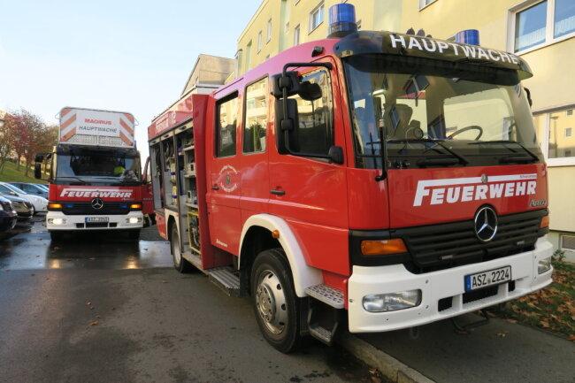 Gegen 14.30 Uhr rückten die Feuerwehren aus Schwarzenberg sowie Polizisten in die Sachsenfelder Straße aus.