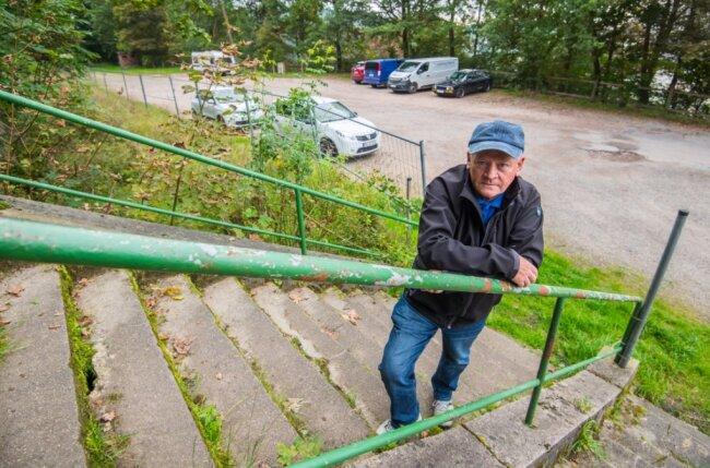 Auf dem einstigen unteren Festplatz am Heidelsberg in Aue könnte sich Michael Sommer Stellplätze für Wohnmobile vorstellen.